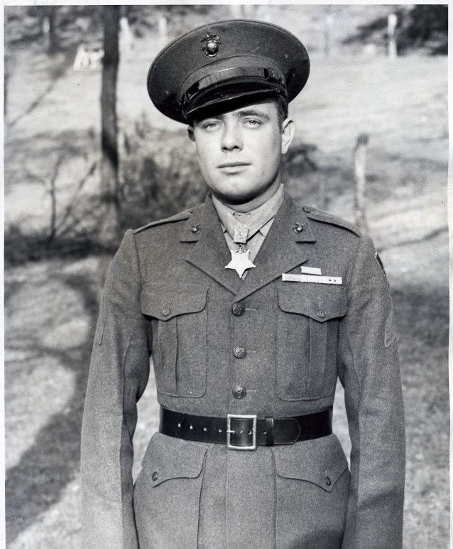 Woody Williams wearing the Medal of Honor
