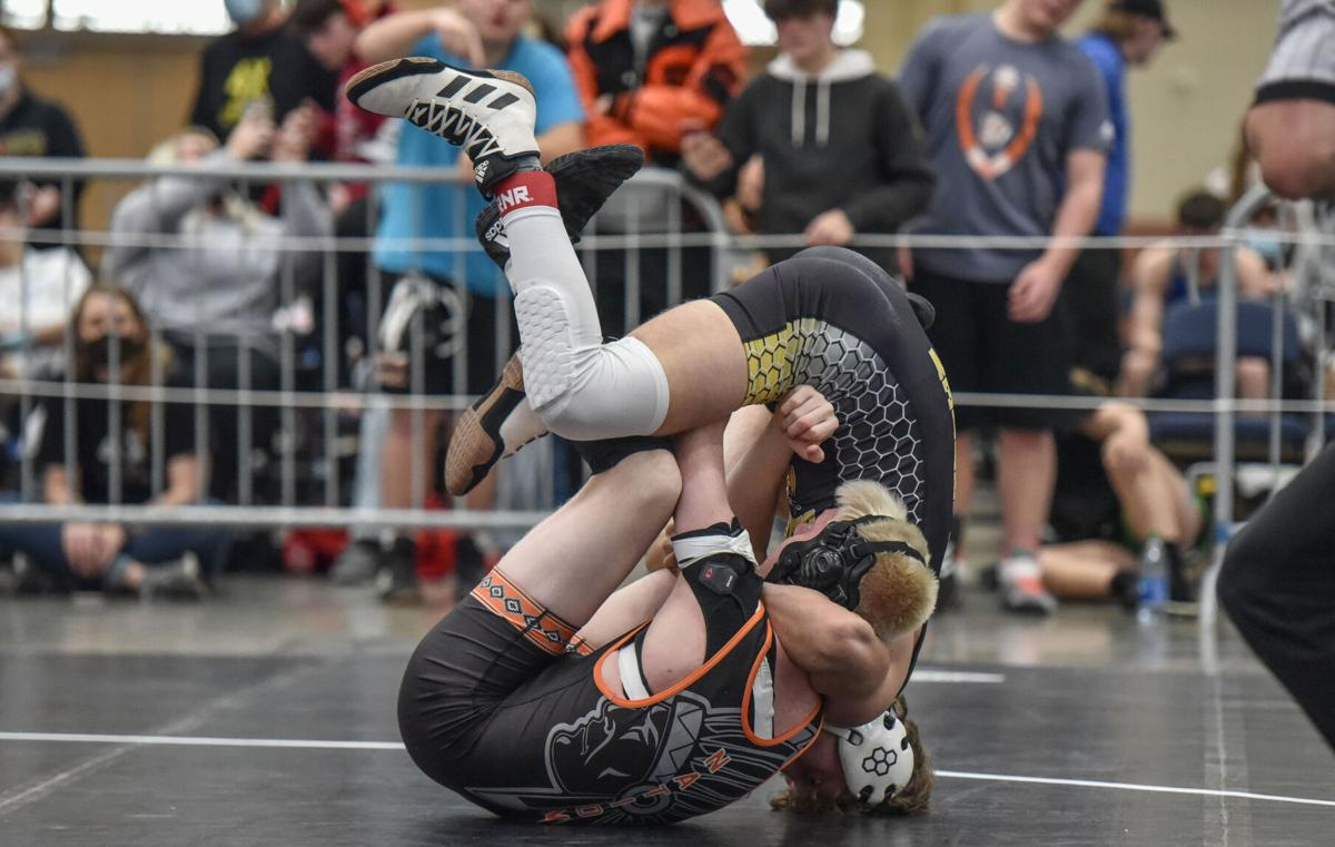 State Wrestling – Class A-AA Early Rounds