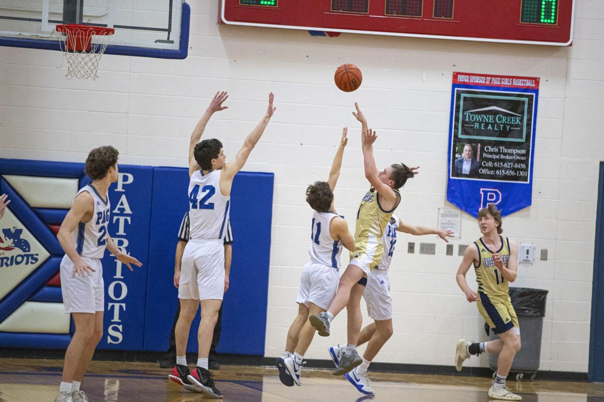 Hoops – Independence boys at Page