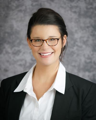 Dr. Alessandra Glaser