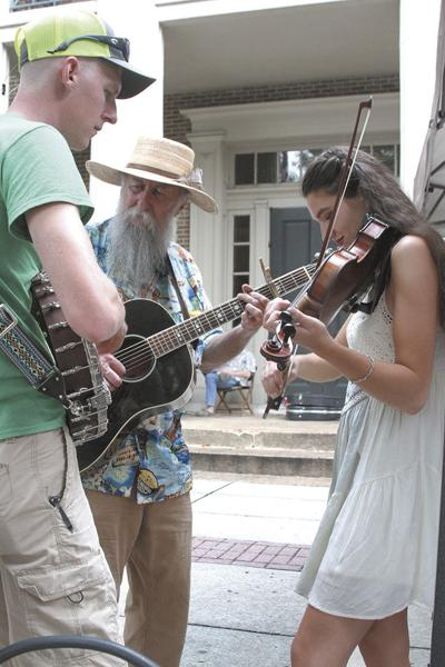 Bluegrass Along the Harpeth