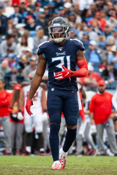 NFL Football – Tampa Bay Buccaneers at Tennessee Titans