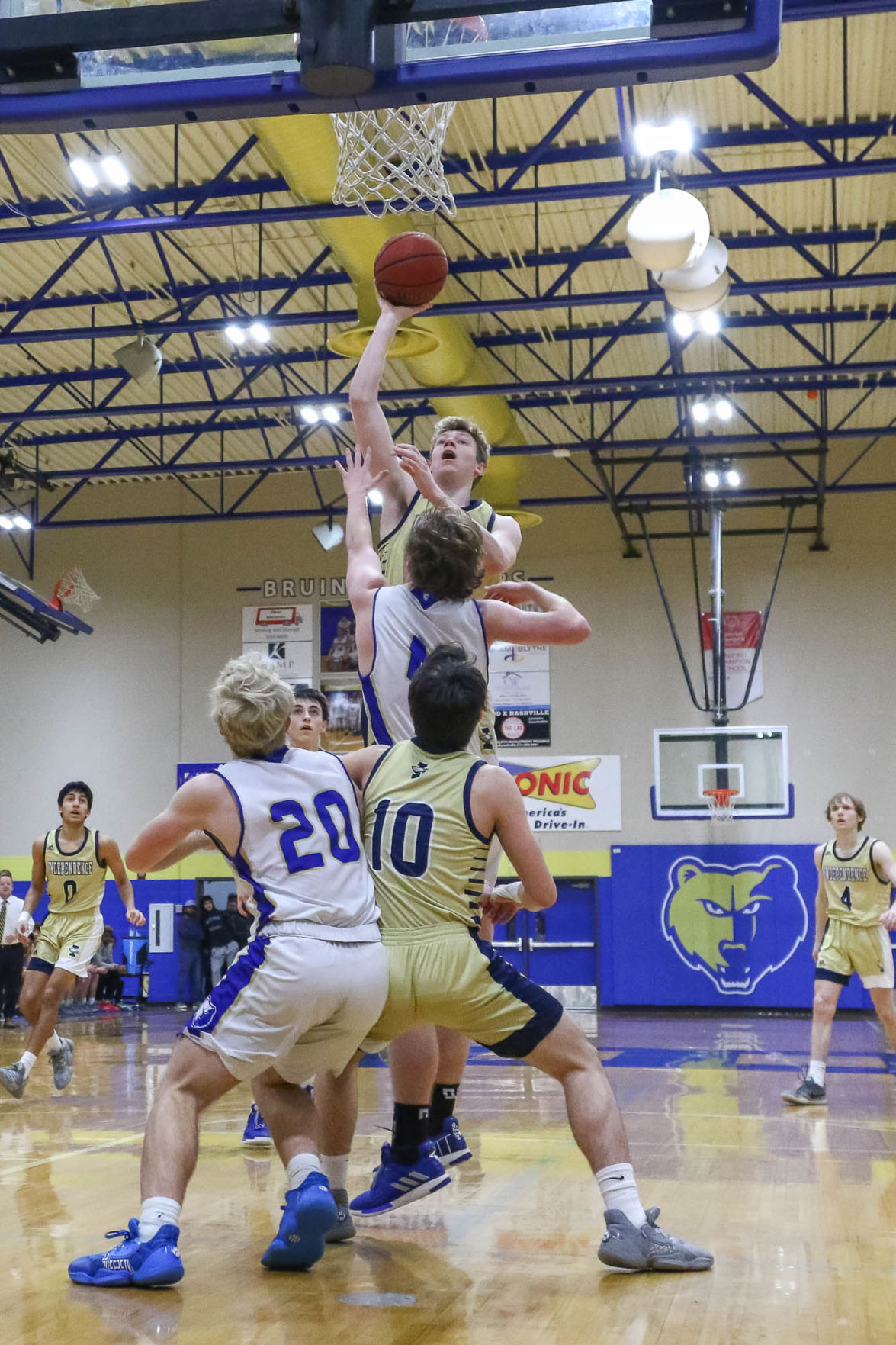 Hoops – Independence boys at Brentwood