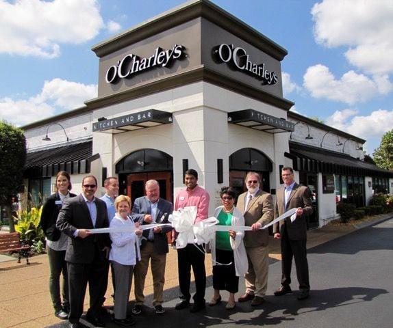 O'Charley's celebrates remodel