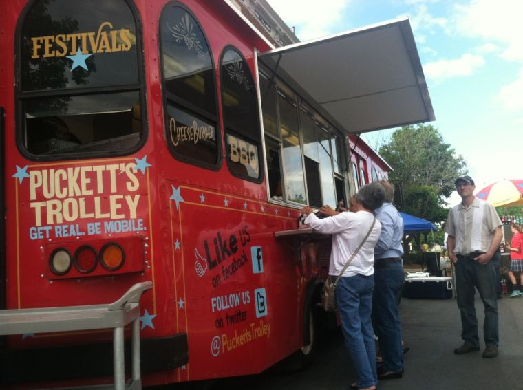 Live look-in photos from Franklin's Eat the Street