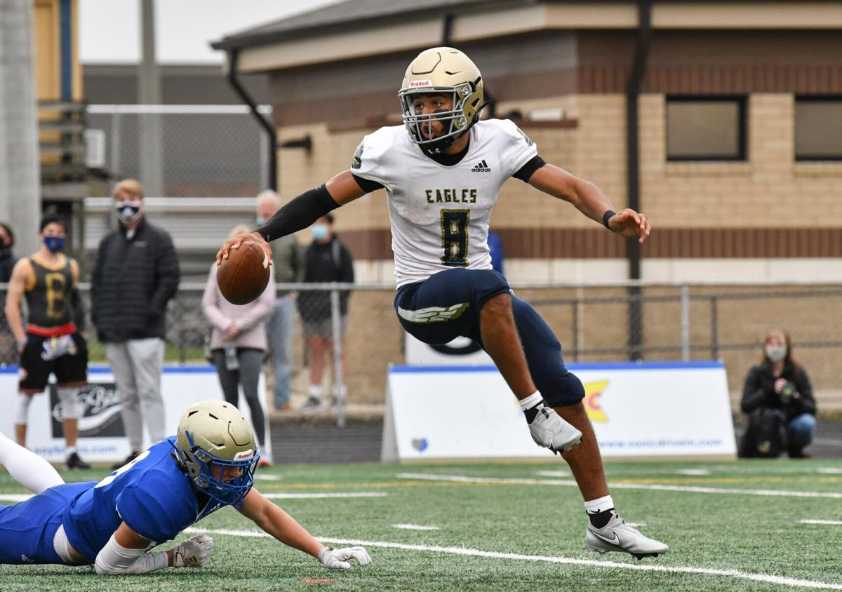 Football – Independence at Brentwood