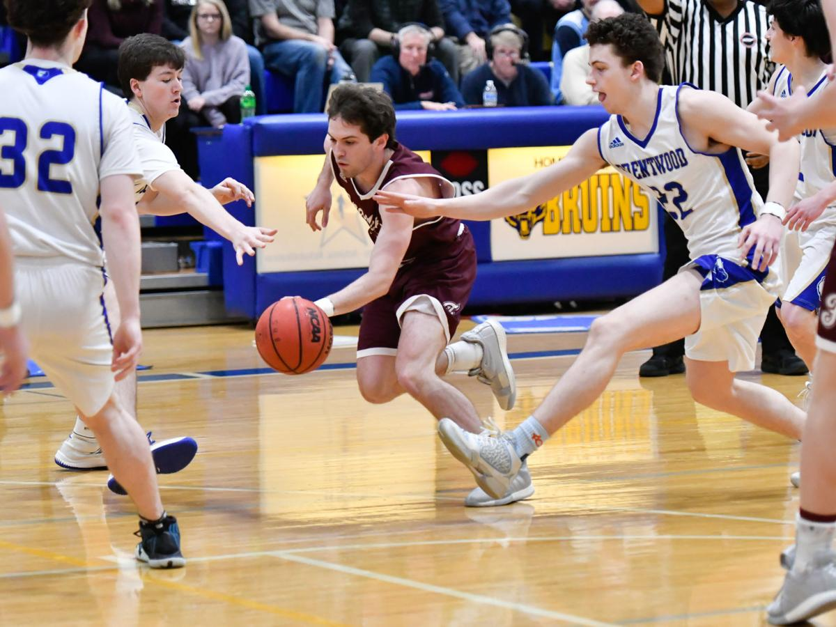 Hoops: Franklin hangs on in classic rivalry showdown against Bruins
