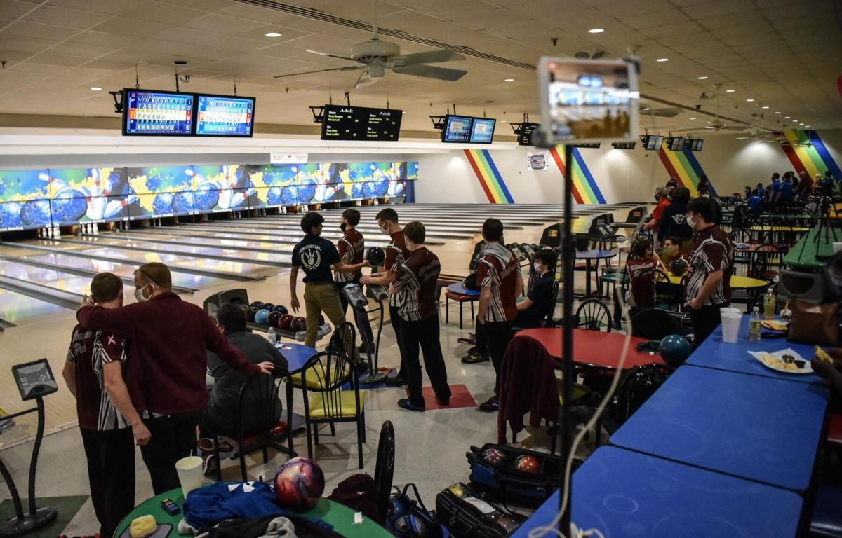 State Bowling – Centennial boys