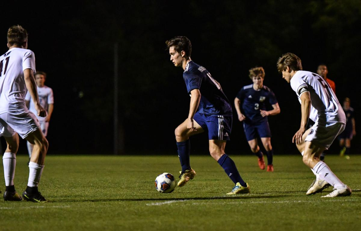 Soccer: Brentwood, Indy well represented in All-District
