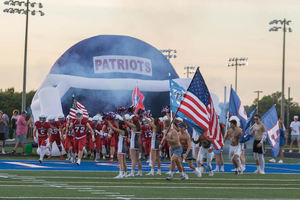 Football – Siegel at Page