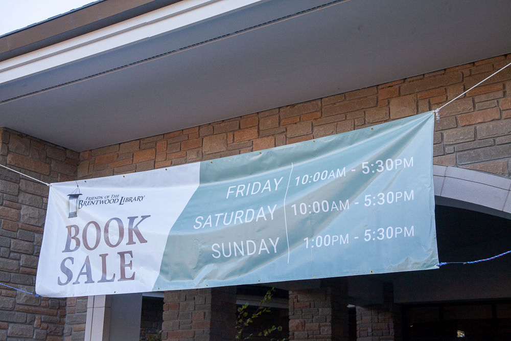 Friends of the Brentwood Library used book sale 2