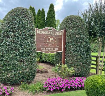Brown land Farm entrance.jpg
