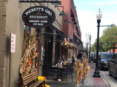 Pucketts exterior