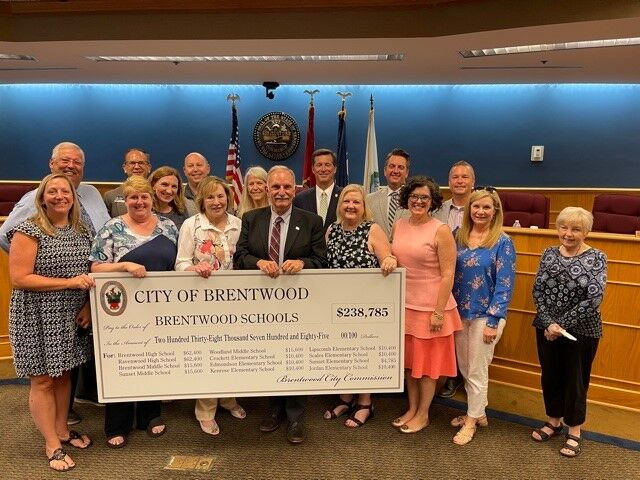 WCS Elementary Principals and Brentwood Commissioners.jpg