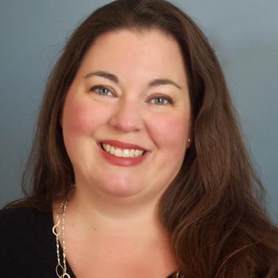 Jenn Foley headshot