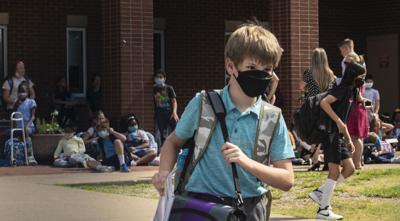Bon mask in school