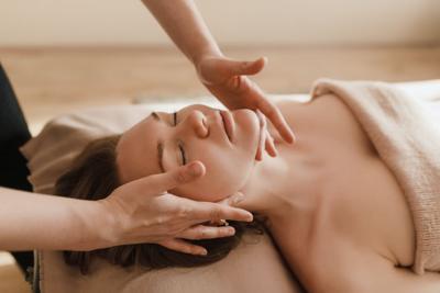 EOH massage stock 3