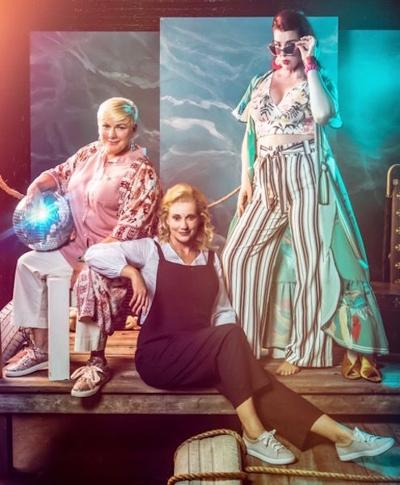 22Mamma-Mia22-runs-from-August-16-Septeber-8-in-the-Factory-at-Franklin-copy