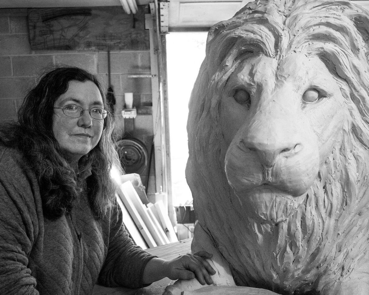 Brentwood Police Lion Statue 1 Cindy  Billingsley