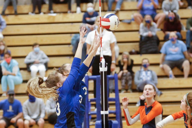 Summit @ BHS Volleyball 9-29-20-3.jpg