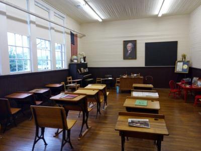 Nolensville_historic_school