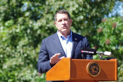 Green speaking podium