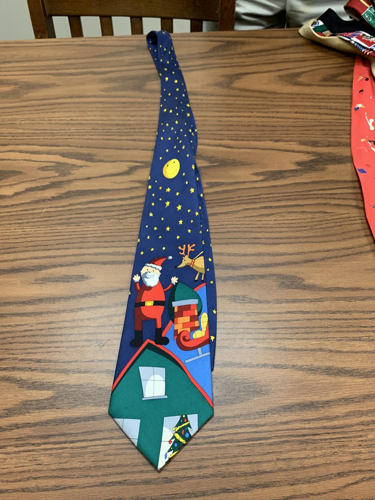 A tie with a Christmas theme.