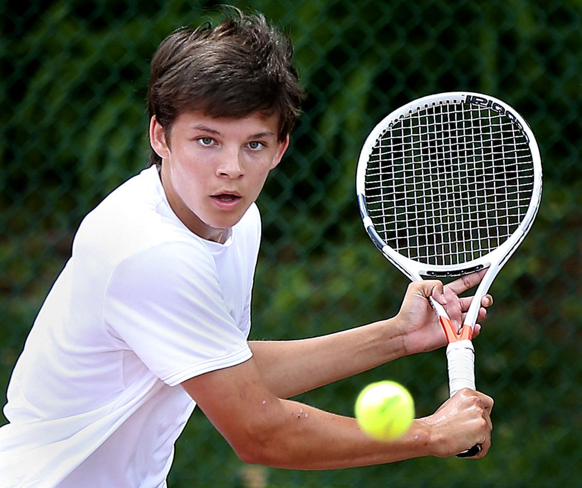 Handley Tennis Mueller