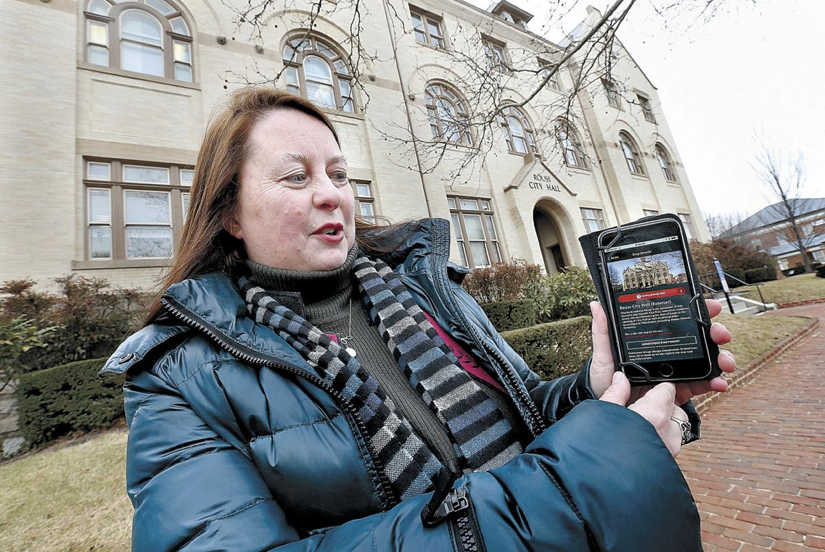 Smartphone app hosts downtown scavenger hunts and walking tours