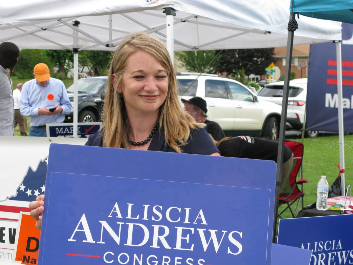 Aliscia Andrews photo 1