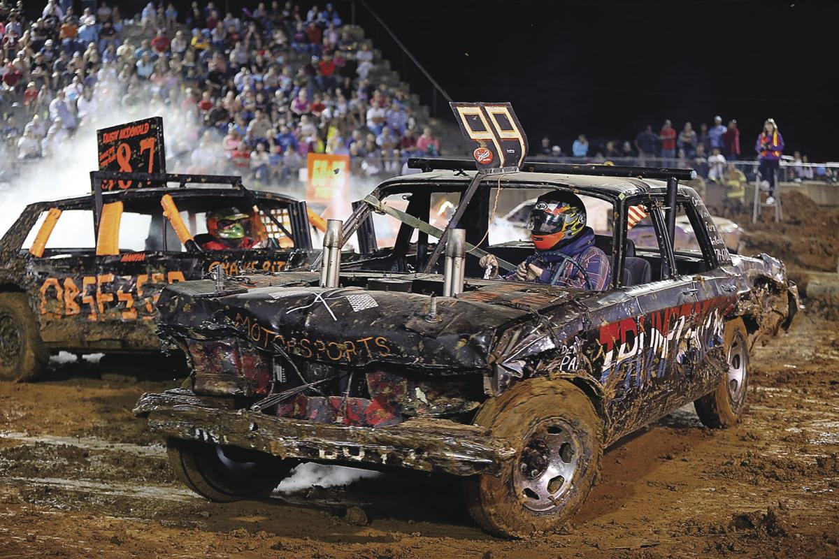 Demolition Derby Ends Frederick County Fair With A Bang News Winchesterstar Com