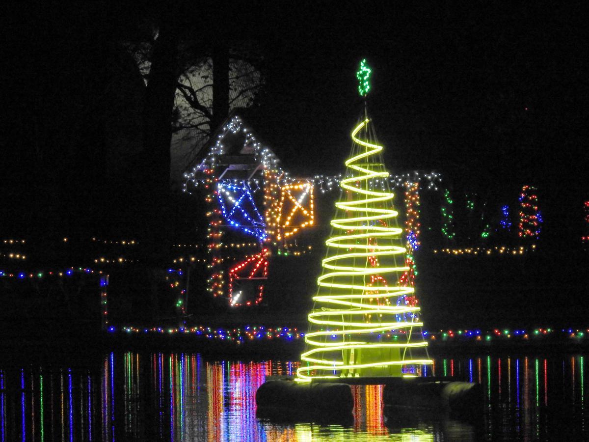 Clearbrook Park Christmas Lights 2020 Winter Wonderland lights up Clearbrook Park | Winchester Star