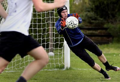 Sherando Goalkeeper