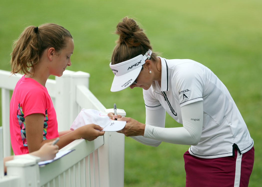 Photos: Wild opening round of inaugural Thornberry Creek LPGA Classic