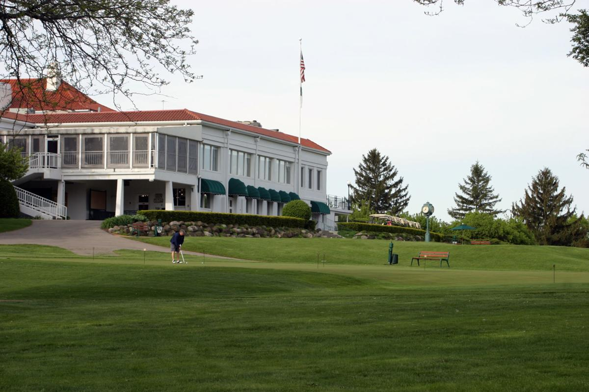 Maple Bluff clubhouse