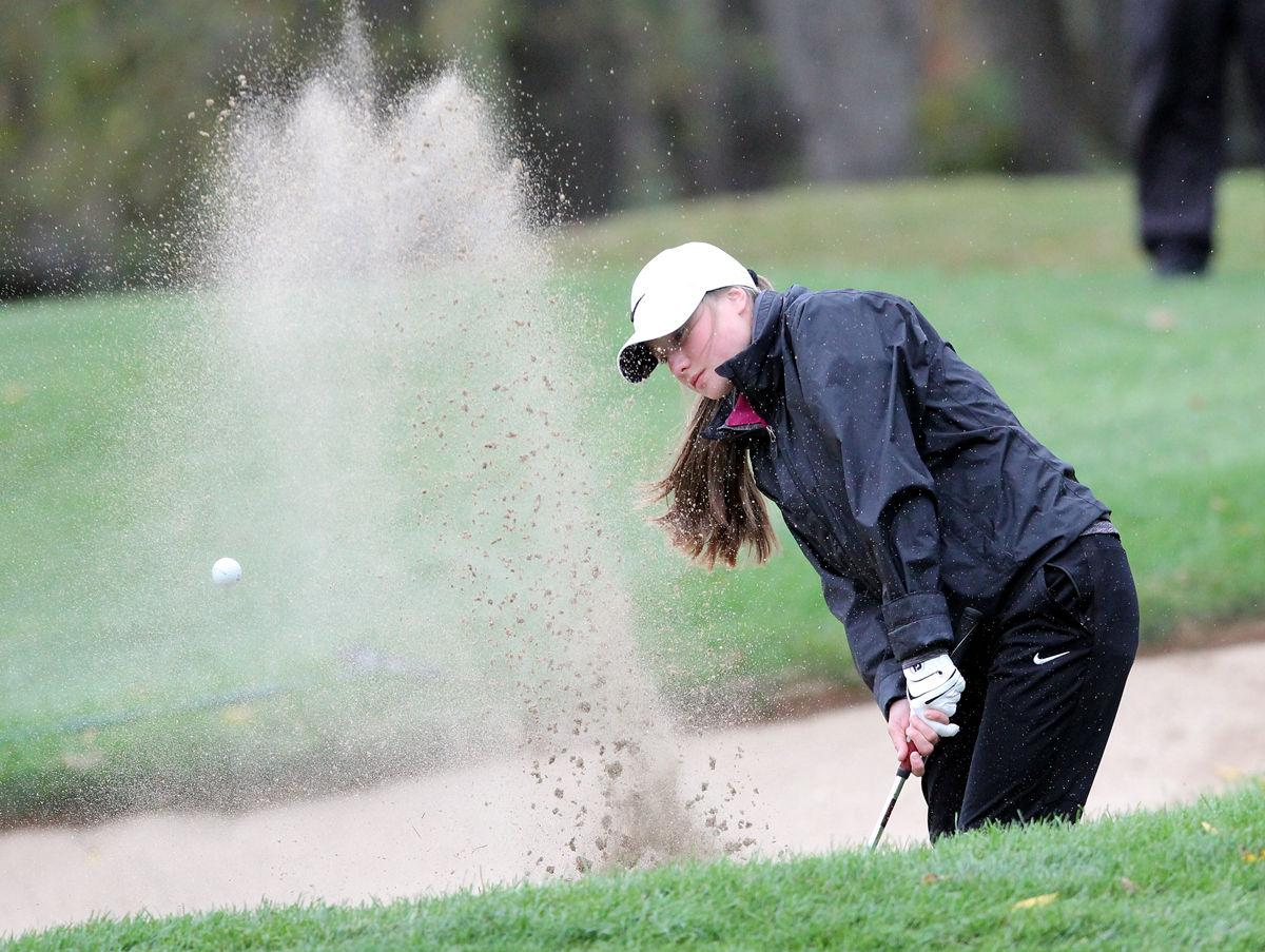 Photos: Championship Tuesday at WIAA Division 2 state girls golf tournament
