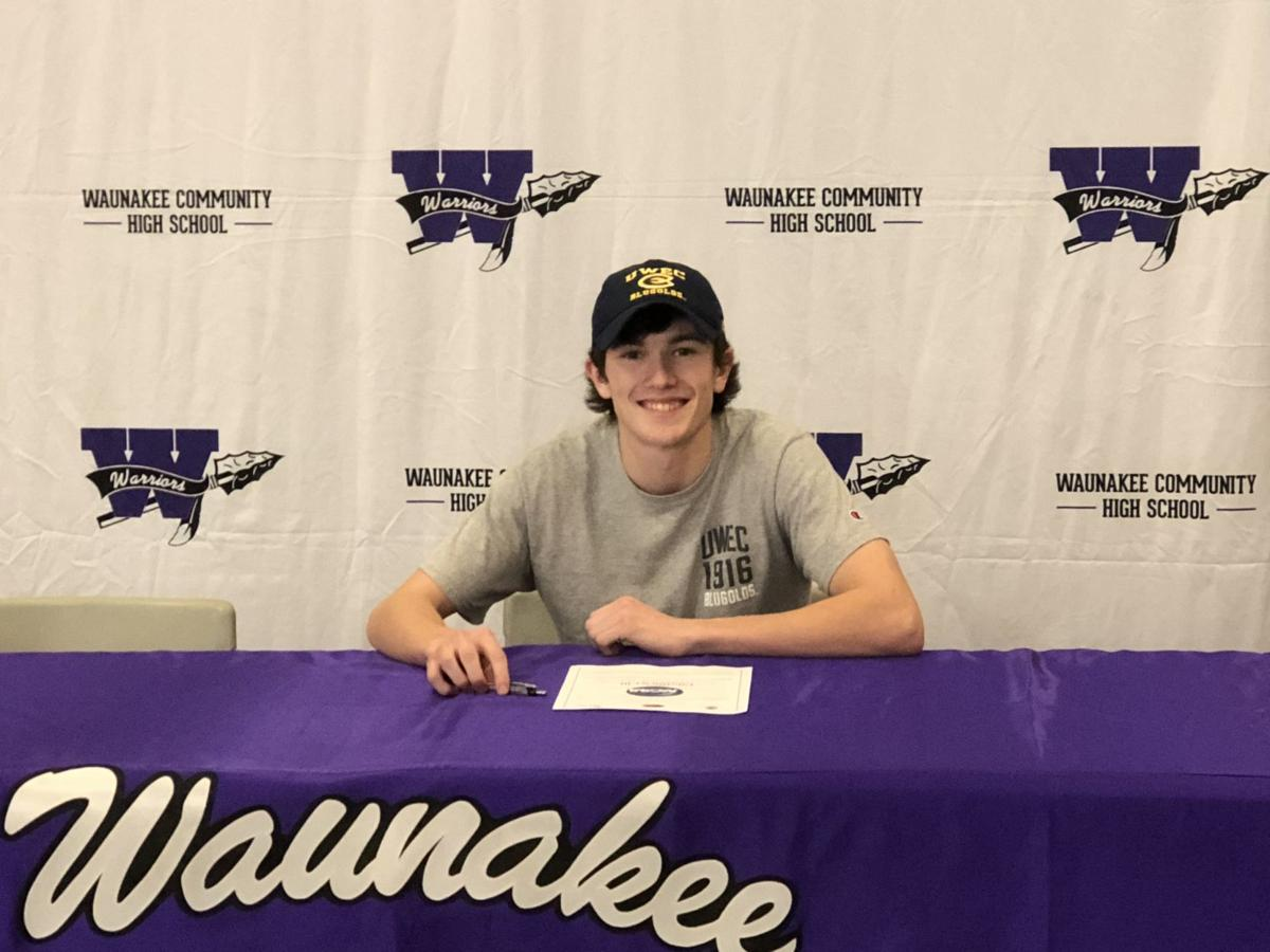 Photos: Wisconsin high school seniors sign National Letters of Intent to play college golf