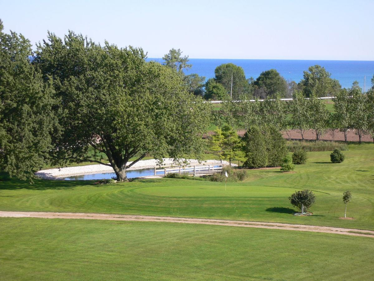 Lake Orchard Farm Retreat 2
