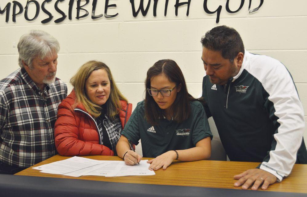 2018 Fall Signing Day | Clair Phakamad, Appleton Xavier | UW-Green Bay