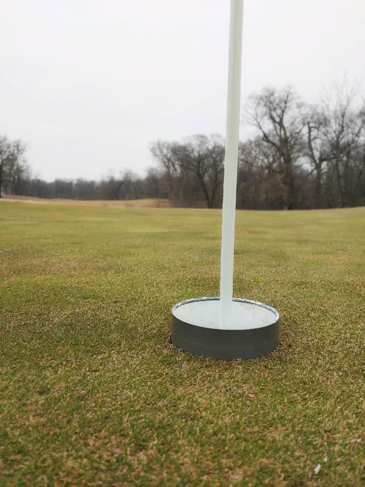 1. Raised cups to help golfers avoid contact with the cup retrieving the ball