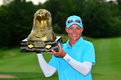 LPGA golfers honor Thornberry Creek LPGA Classic champion