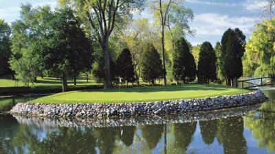 Silver Spring GC island green
