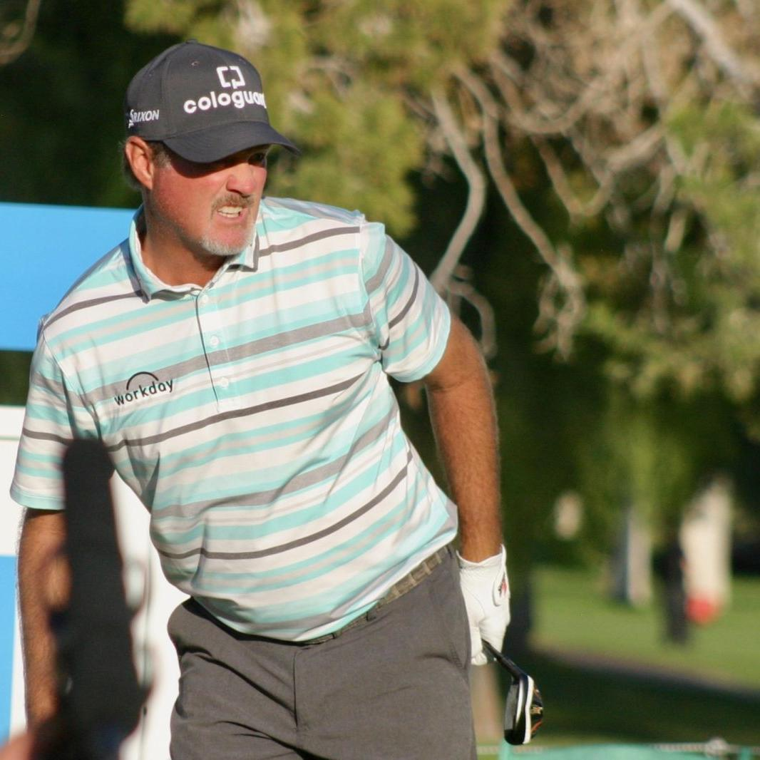 With a healthy knee, attitude, Madison's Jerry Kelly hopes lingering pain in his right elbow doesn't slow his pursuit of Charles Schwab Cup
