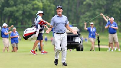 2019 AmFam Championship | Madison's Jerry Kelly celebrates on green after playoff