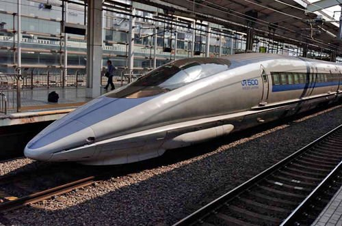 Ranchers and farmers resist high-speed train in California