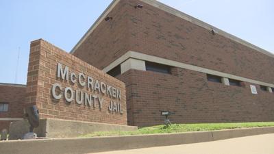 Former deputy jailer accused of sexually abusing inmate