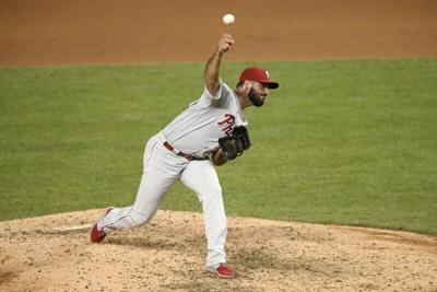 Cubs finalize 1-year contract with veteran reliever Workman