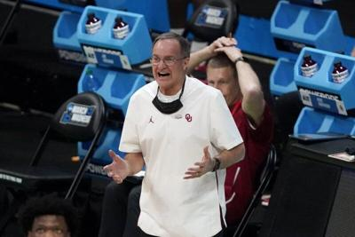 Oklahoma coach Lon Kruger retires after 35-year career