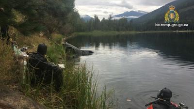 car found in Canada lake
