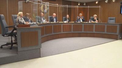 city commission meeting.jpg